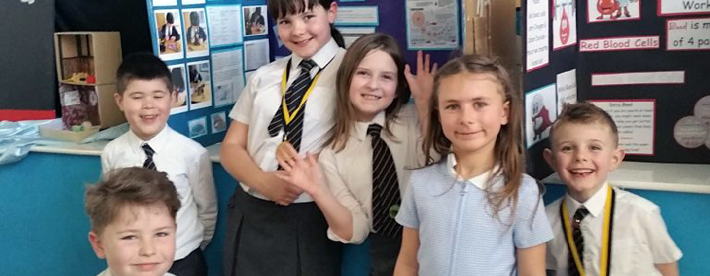 tenterfields primary academy students win gold at science fair